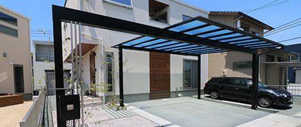錆びを表現したスタンプコンクリートのアプローチ