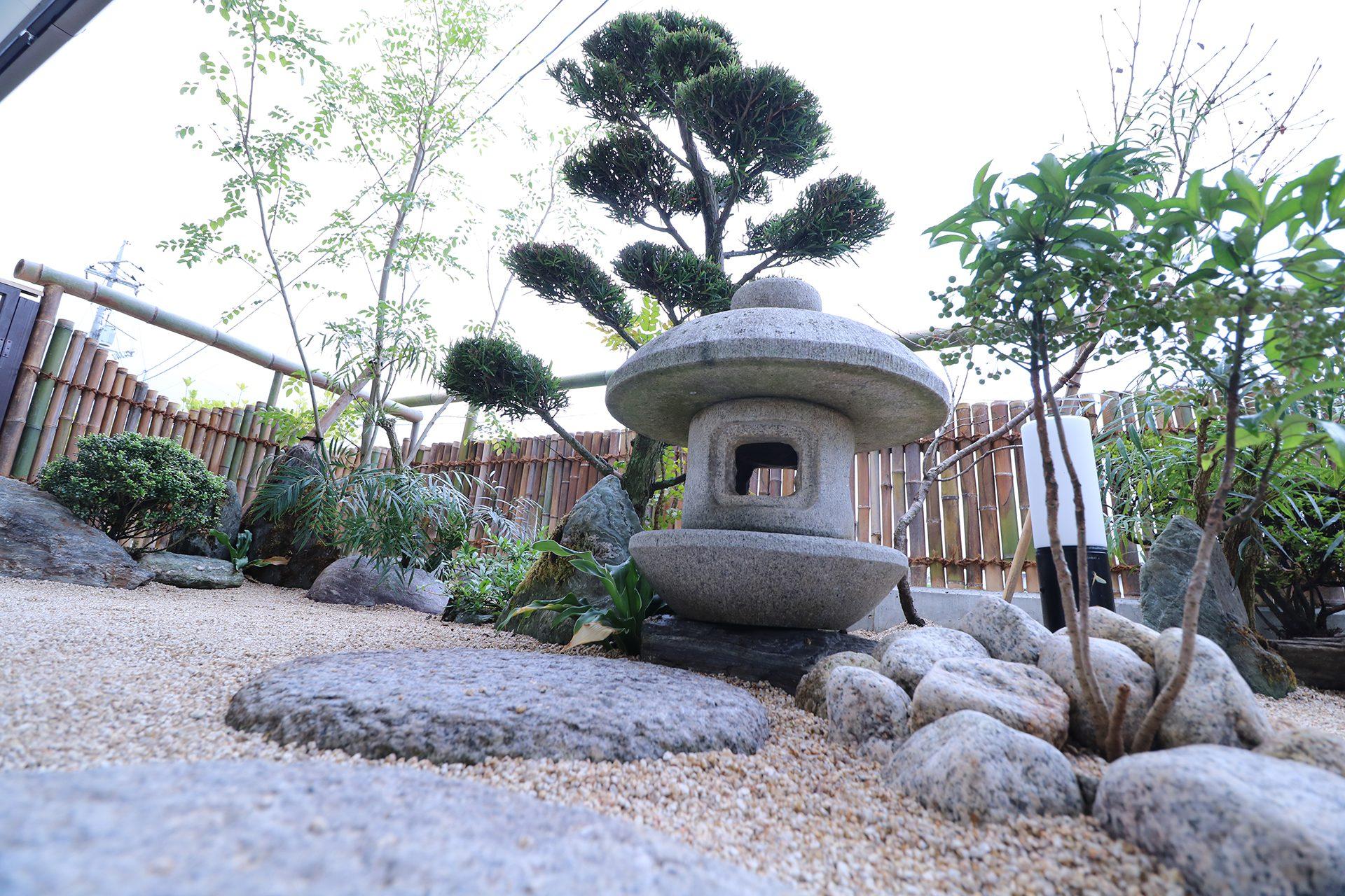 矢掛本陣屋 座敷から見える小庭